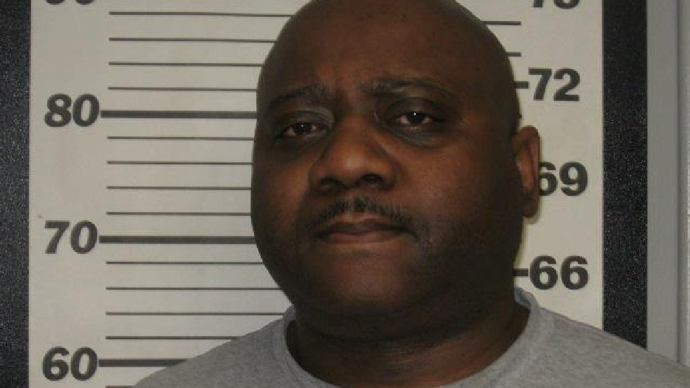 Missouri Department of Corrections employee jailed after